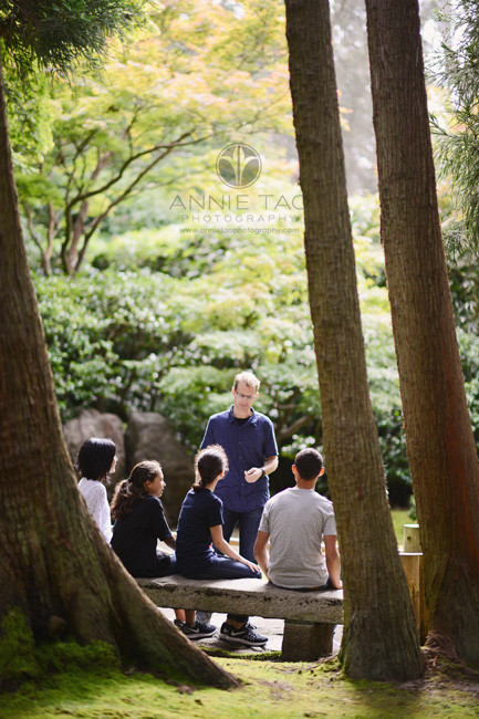 San-Francisco-lifestyle-family-photography-family-talking-on-bench-between-trees