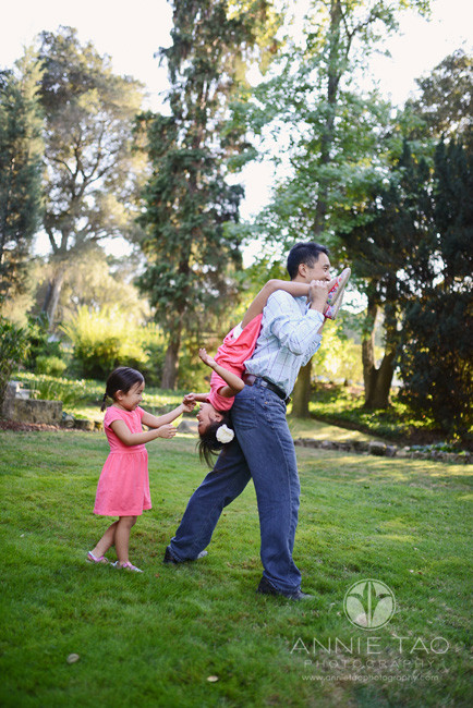 San-Francisco-Bay-Area-Peninsula-lifestyle-family-photography-father-carrying-daughter-upside-down-over-shoulders