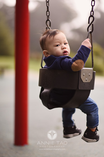 San-Francisco-lifestyle-baby-photography-first-time-on-swing-with-fog