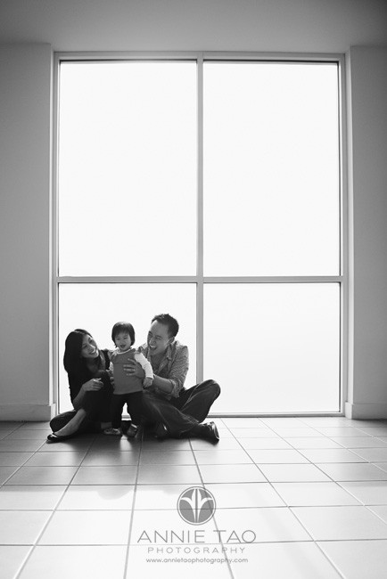Annie-Tao-Photography-interesting-location-elevator