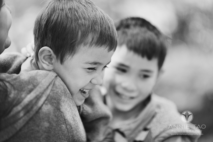 San-Francisco-Bay-Area-lifestyle-family-photography-mother-holding-laughing-son-BxW