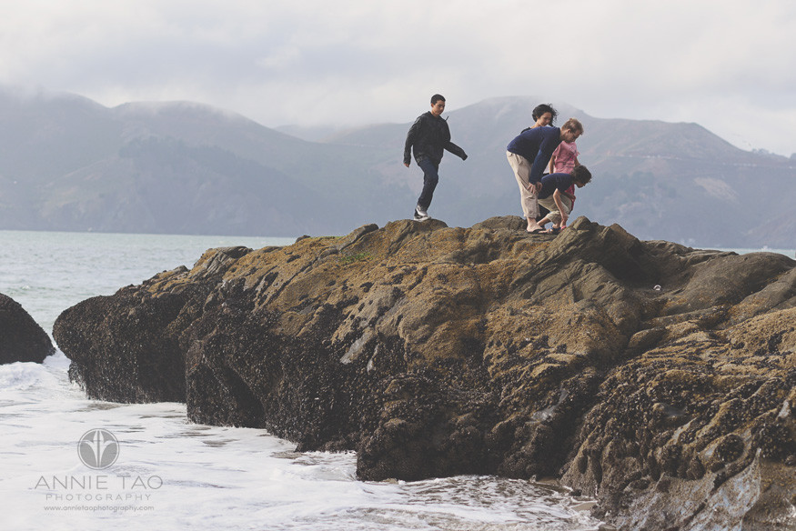 San-Francisco-lifestyle-family-beach-photography-family-checking-out-tidepools