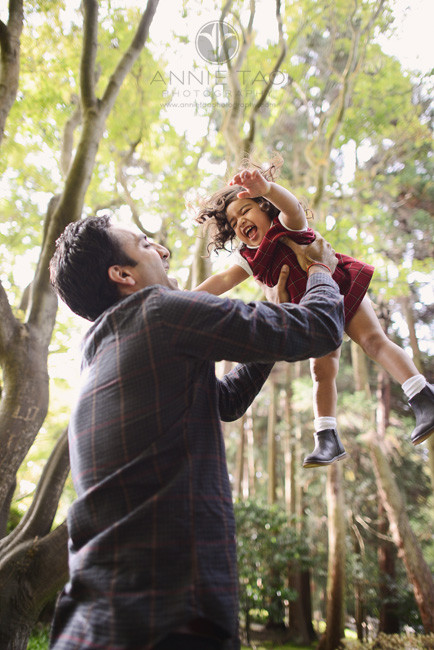San-Francisco-lifestyle-family-photography-man-throwing-daughter-in-air