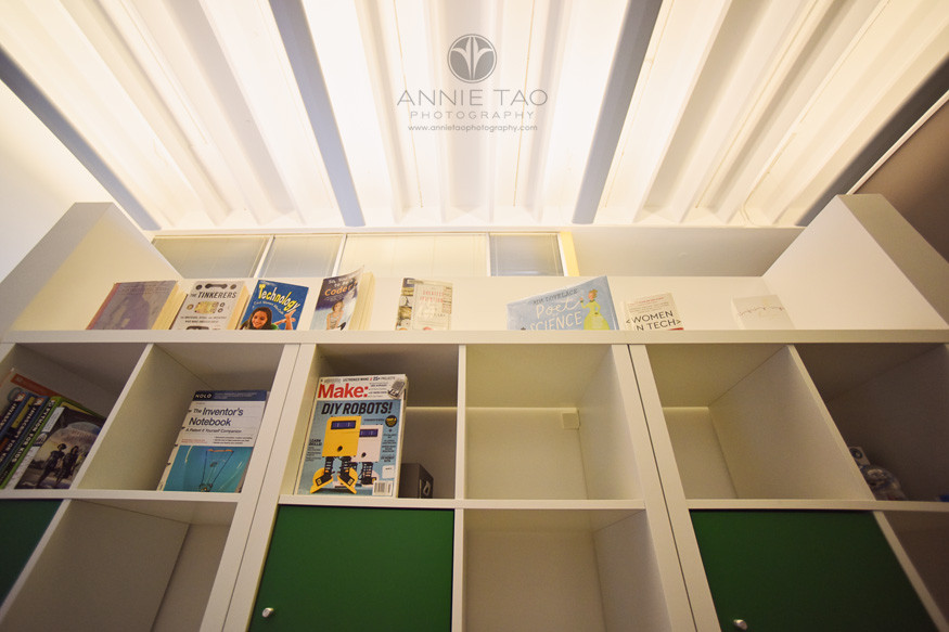 East-Bay-commercial-photography-shelf-with-technology-books