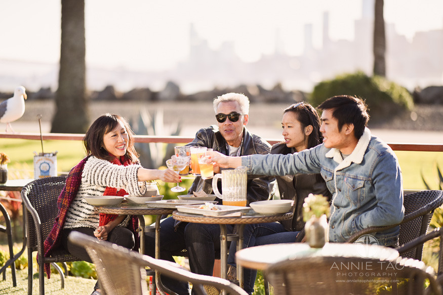 San-Francisco-lifestyle-family-photography-dining-and-toasting-at-outdoor-patio