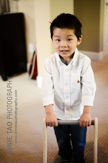 San-Francisco-Bay-Area-Event-Photography-birthday-party-preschool-boy-pushing-cart