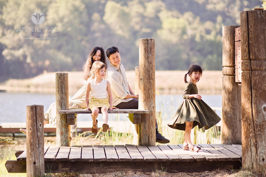 Bay-Area-lifestyle-family-photography-hanging-out-by-the-lake
