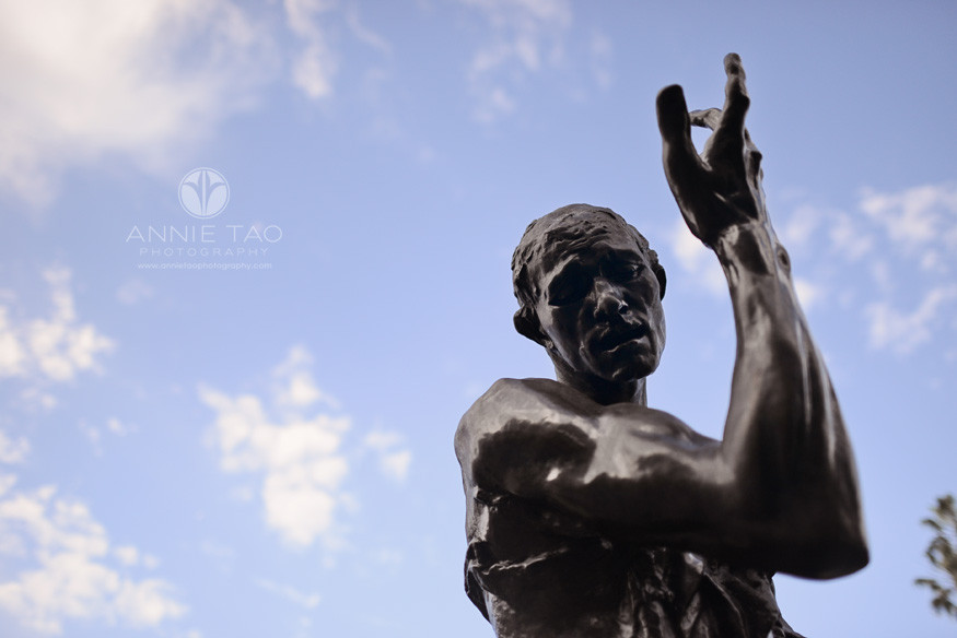 Bay-Area-Palo-Alto-lifestyle-photography-Rodin-black-statue-with-cool-clouds