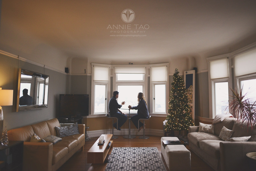 San-Francisco-couple-lifestyle-photography-man-and-woman-drinking-coffee-next-to-their-bay-window