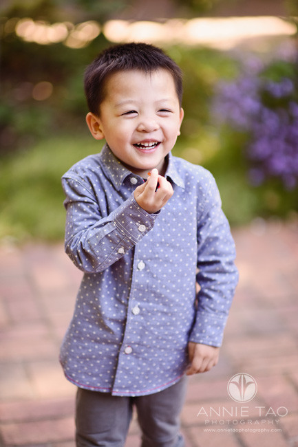 Bay-Area-lifestyle-children-photography-preschool-boy-laughing-while-snacking