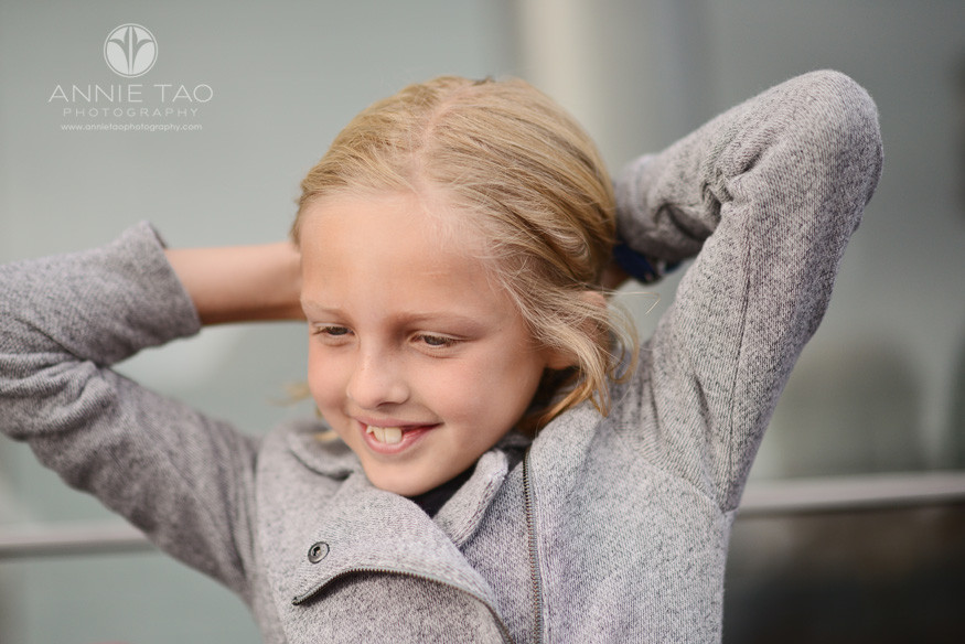 San-Francisco-lifestyle-children-photography-girl-playing-with-her-blonde-hair