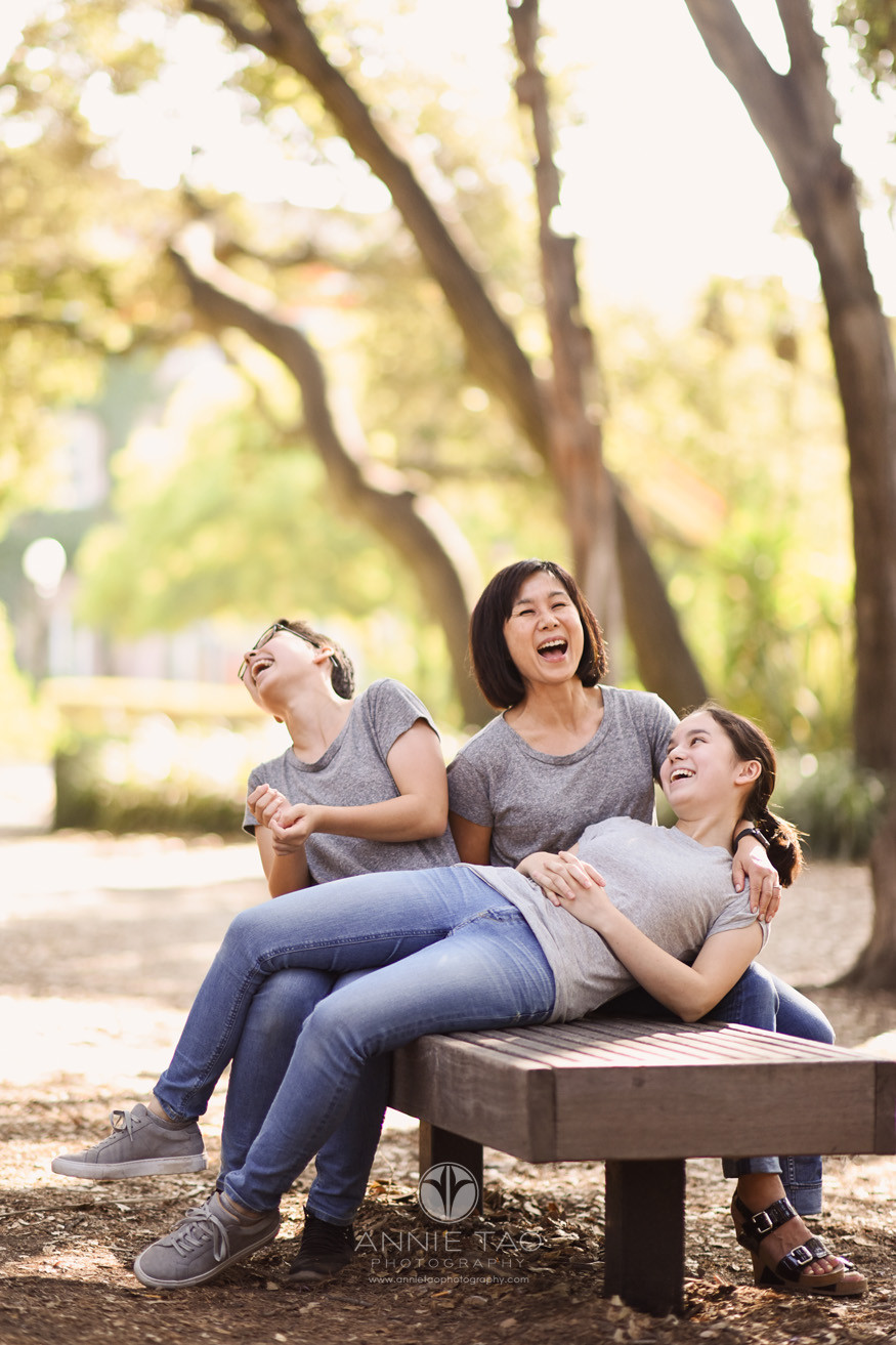 Bay-Area-lifestyle-family-photography-mom-and-teen-daughters-laughing-HORIZ