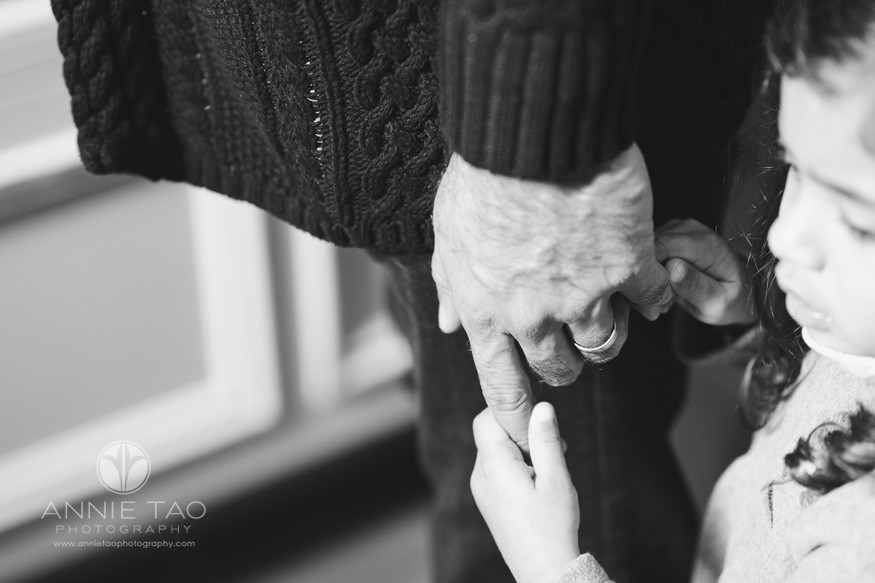 san-francisco-lifestyle-children-photography-preschooler-girl-holding-fathers-hand-bxw