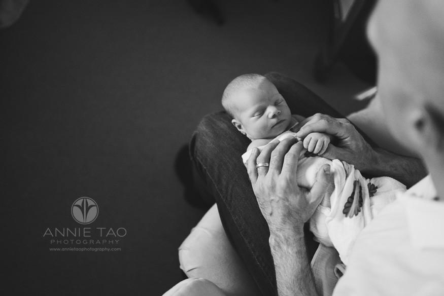 East-Bay-lifestyle-newborn-photography-father-rocking-newborn-daughter-to-sleep-BxW