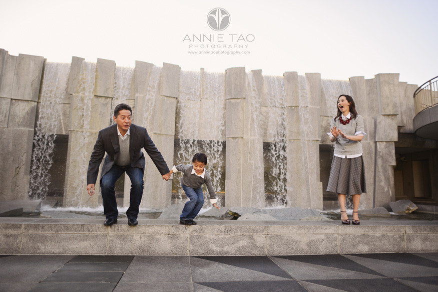 San-Francisco-lifestyle-family-photography-woman-watching-her-son-jumping-with-husband-3