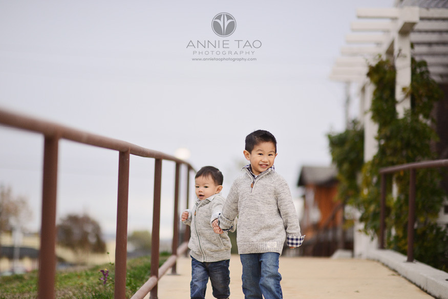 East-Bay-lifestyle-children-photography-young-boys-holding-hands