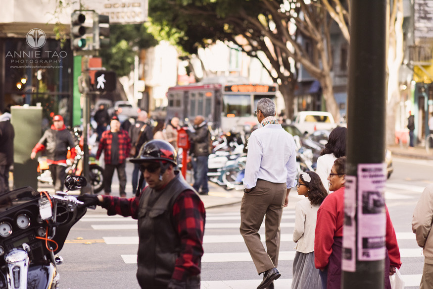 San-Francisco-lifestyle-family-photography-crossing-the-street-by-harley-bikers