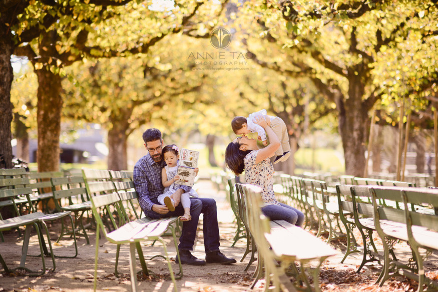san-francisco-lifestyle-family-photography-family-hanging-out-on-benches-in-autumn