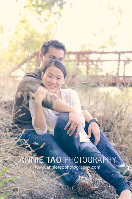 East-Bay-lifestyle-family-photography-husband-kissing-wife-head