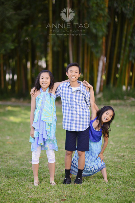 Bay-Area-lifestyle-children-photography-three-siblings-standing-silly