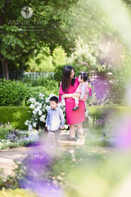 Bay-Area-lifestyle-family-photography-mother-with-two-children-in-garden