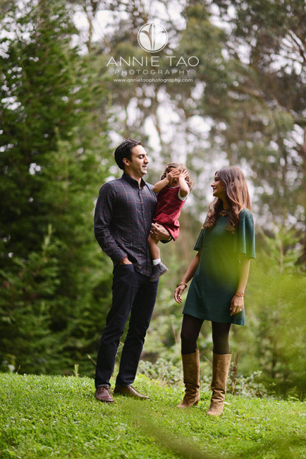 San-Francisco-lifestyle-family-photography-toddler-girl-playing-peekaboo-with-parents-1