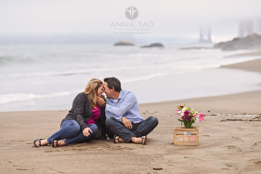 San-Francisco-engagement-photography-brian-ashley-at-beach-with-flowers