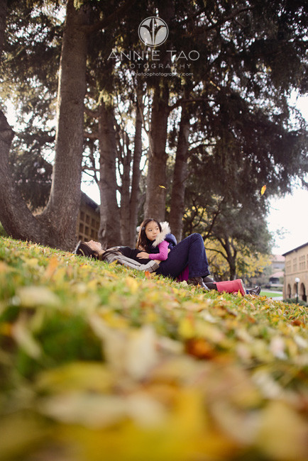 Bay-Area-Palo-Alto-lifestyle-family-photography-mom-laying-with-daughter-on-leaves