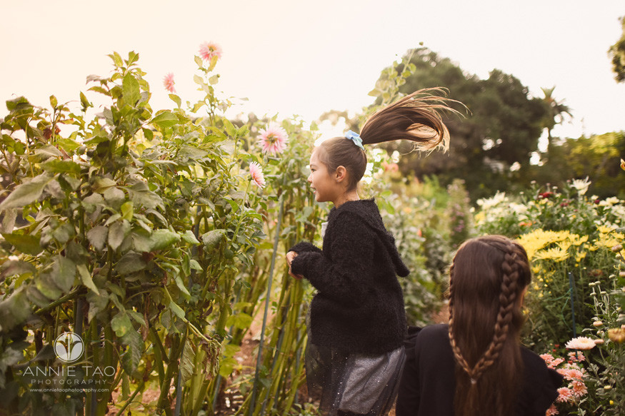 San-Francisco-lifestyle-children-photography-young-girls-hopping-in-garden