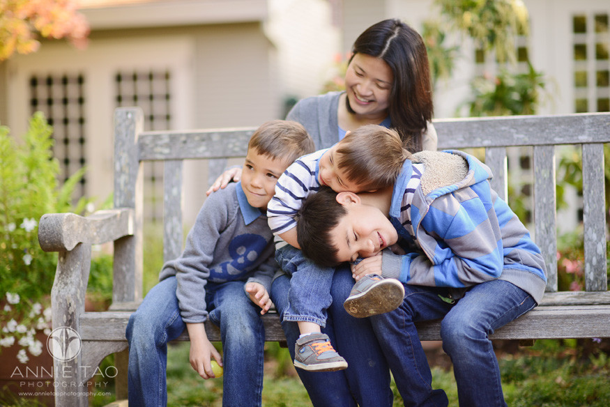 San-Francisco-Bay-Area-lifestyle-family-photography-three-sons-laying-on-mothers-lap