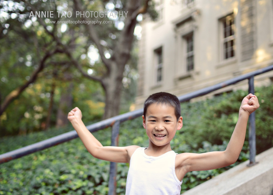East-Bay-lifestyle-family-photography-boy-showing-his-muscles