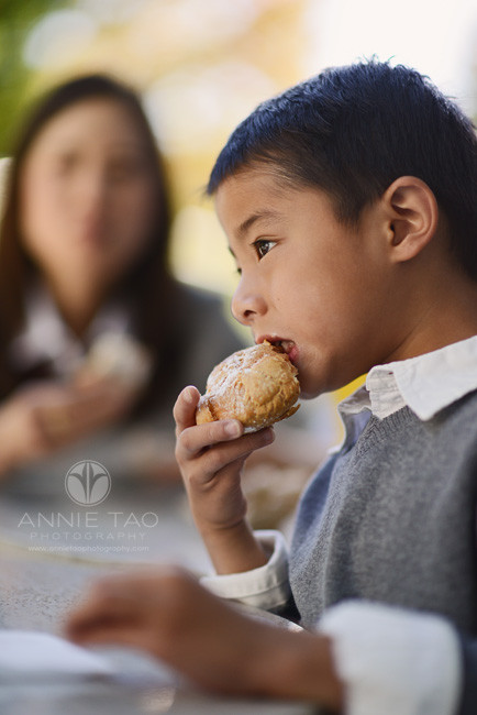 San-Francisco-lifestyle-children-photography-young-boy-eating-pastry