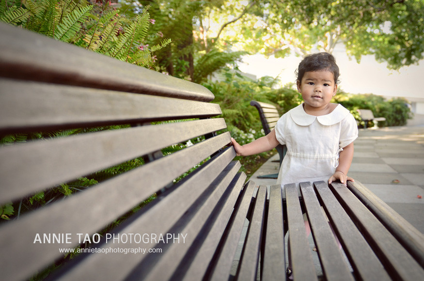 San-Francisco-lifestyle-family-photography-toddler-standing-by-bench