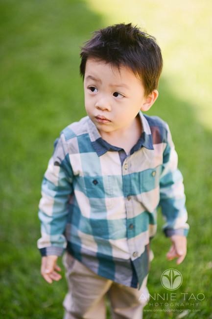 Bay-Area-lifestyle-children-photography-toddler-boy-looking-left