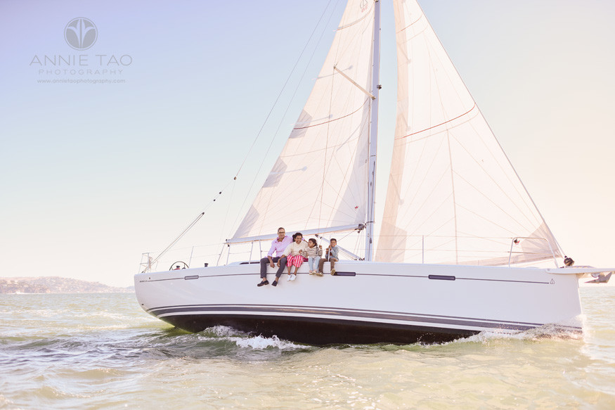San-Francisco-lifestyle-family-photography-sitting-on-boat-while-sailing-in-bay
