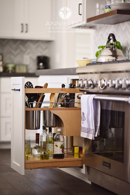East-Bay-commercial-photography-organized-kitchen-pullout-drawer-by-stove