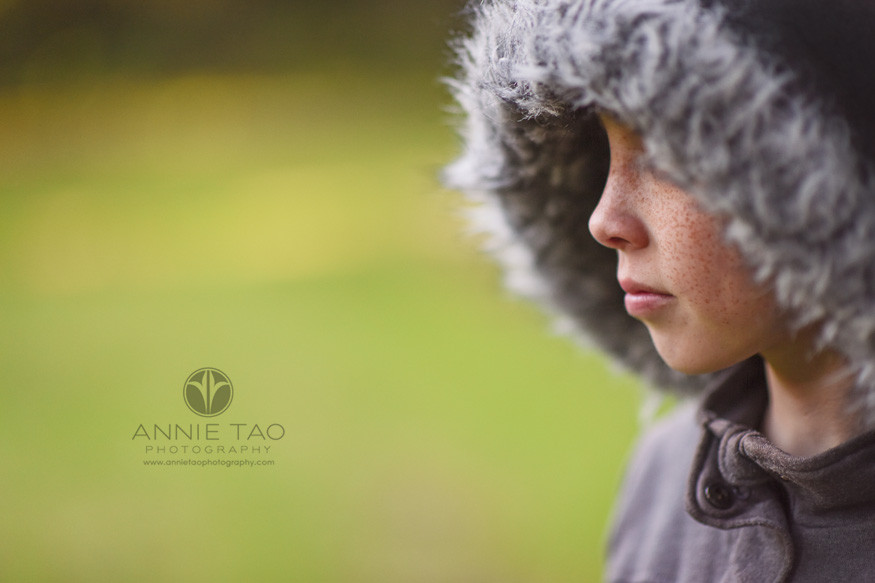 east-bay-styled-children-photography-girl-with-freckles-and-furry-hood-profile