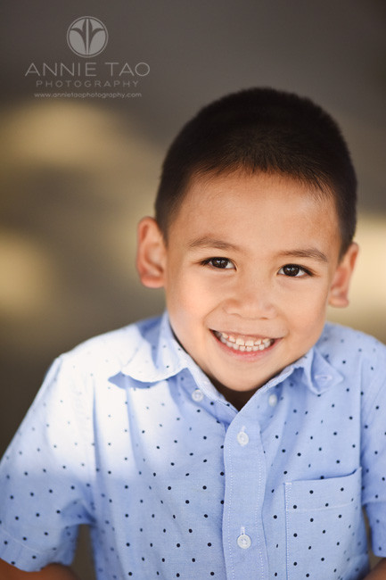 san-francisco-bay-area-lifestyle-children-photography-young-boy-with-sparkly-big-smile