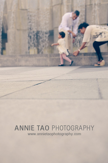 San-Francisco-lifestyle-family-photography-toddler-on-the-run