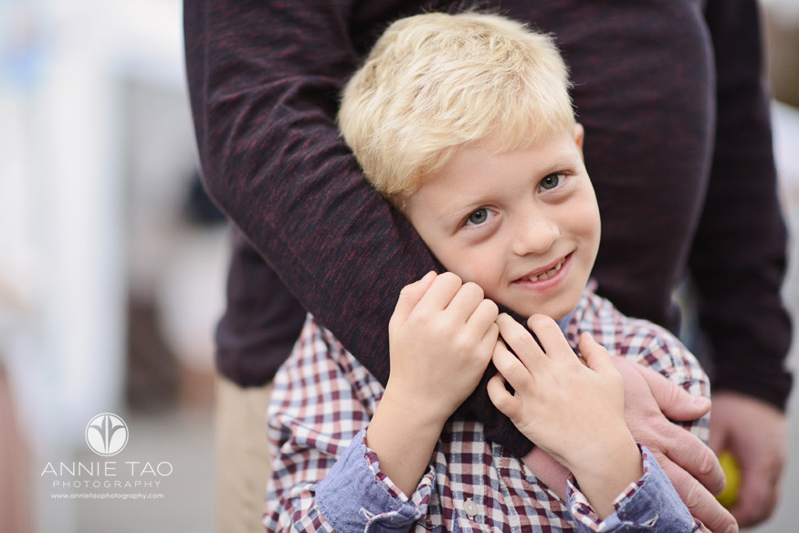 Bay-Area-lifestyle-family-photography-son-wrapped-in-fathers-arms