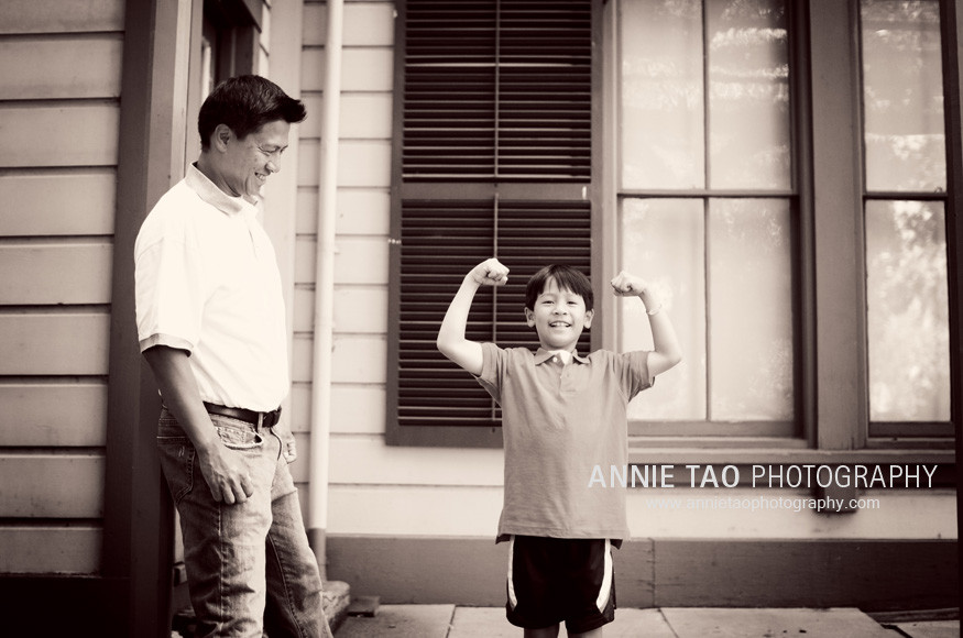 Showing-my-muscles-to-dad-2