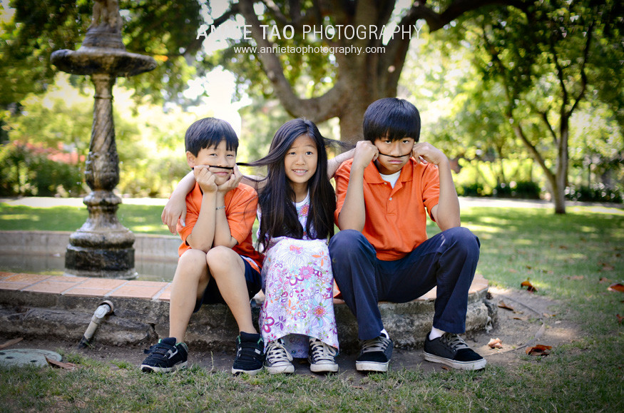 Chen-Kids-at-Fountain-2