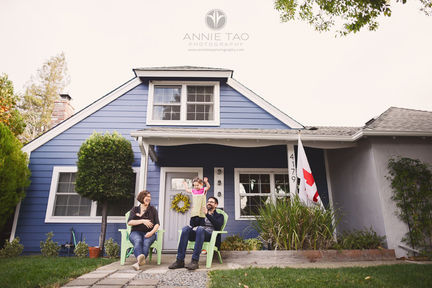 East-Bay-lifestyle-family-photography-family-of-four-sitting-in-front-yard