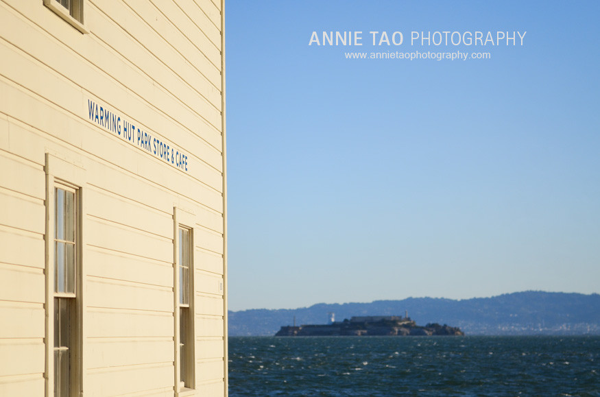 San-Francisco-Bay-Area-family-photography-Warming-Hut-view-of-Alcatraz