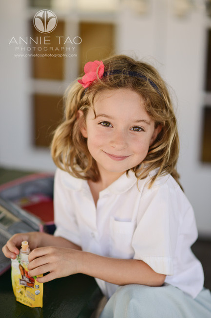 San-Francisco-Bay-Area-school-photography-smiling-student-with-flower-in-hair