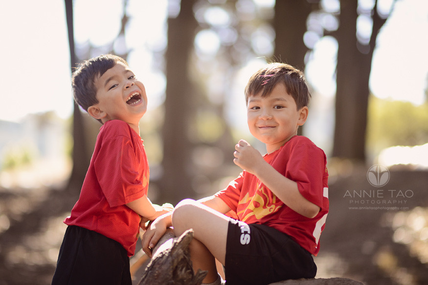 San-Francisco-Bay-Area-lifestyle-children-photography-two-brothers-wearing-red-jerseys-laughing