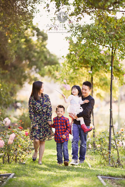 East-Bay-lifestyle-family-photography-family-walking-through-rose-garden