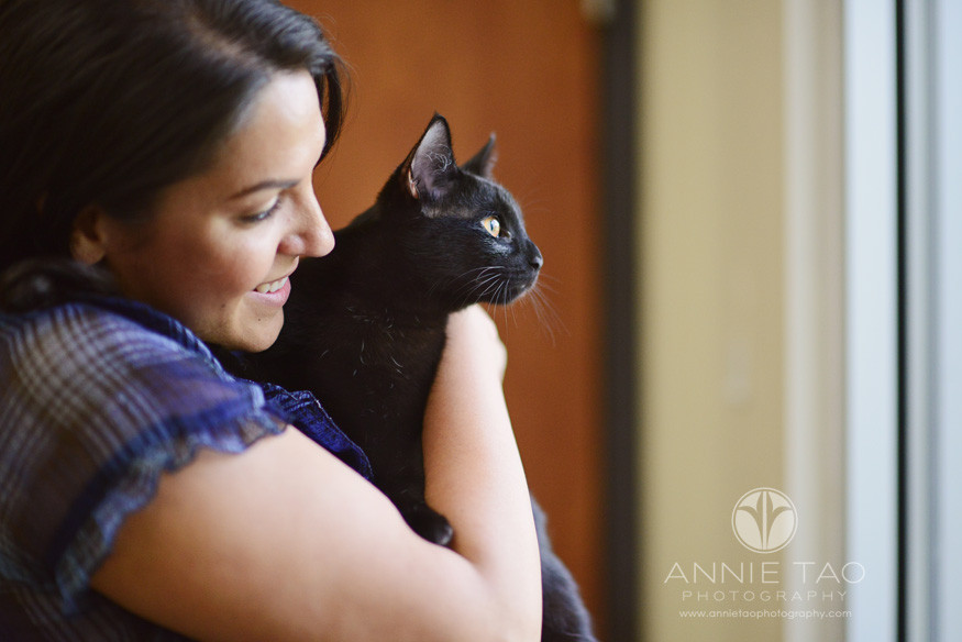East-Bay-Commercial-Photography-San-Ramon-Bishop-Ranch-Veterinary-staff-holding-black-cat