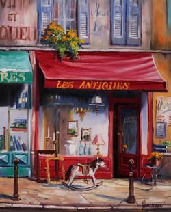 パリのアンティークショップ