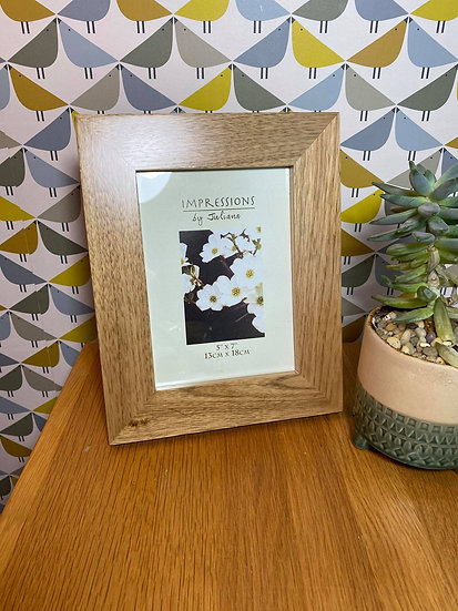 """Oak Picture Frame 7"""" x 5"""" (price includes engraving)"""